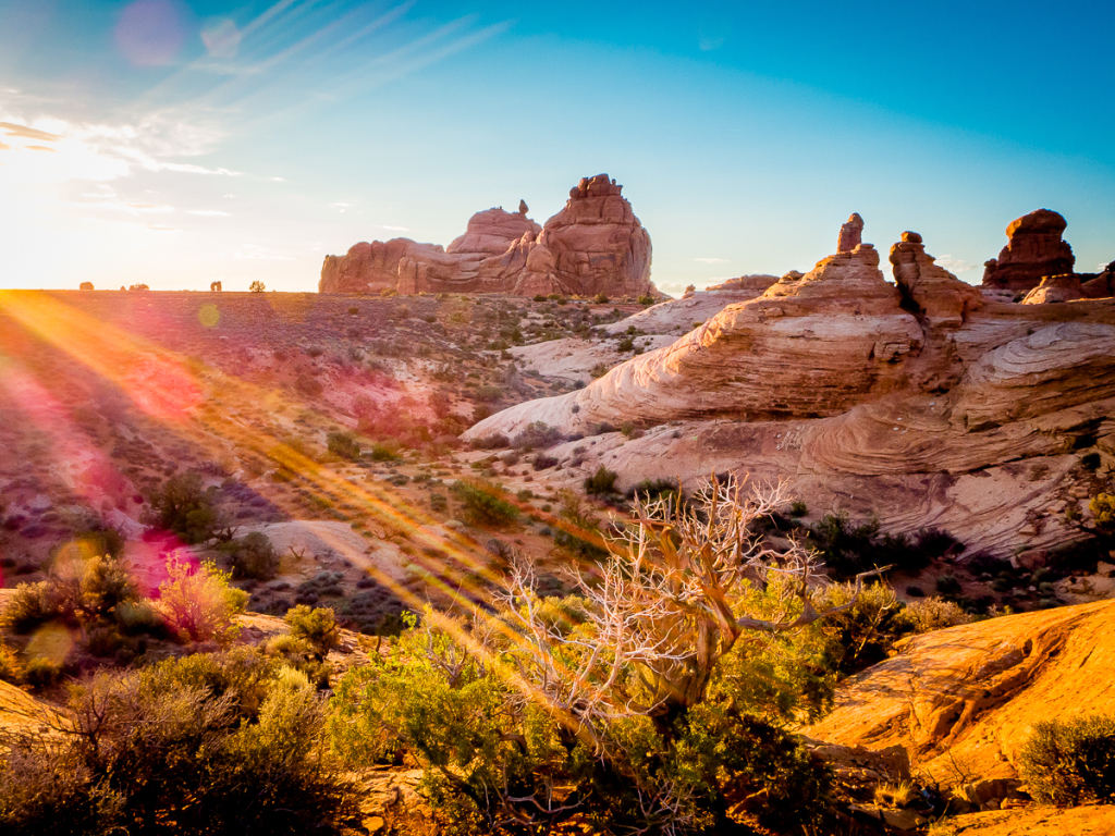 How to take better sunset photographs - Sunset at Arches