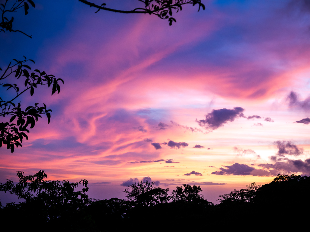 How to take better sunset photographs - Sunset Monteverde
