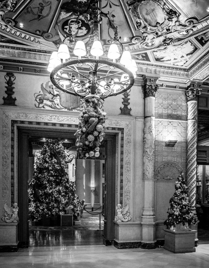 The photographer's DIY walking tour of downtown LA - Biltmore hallway