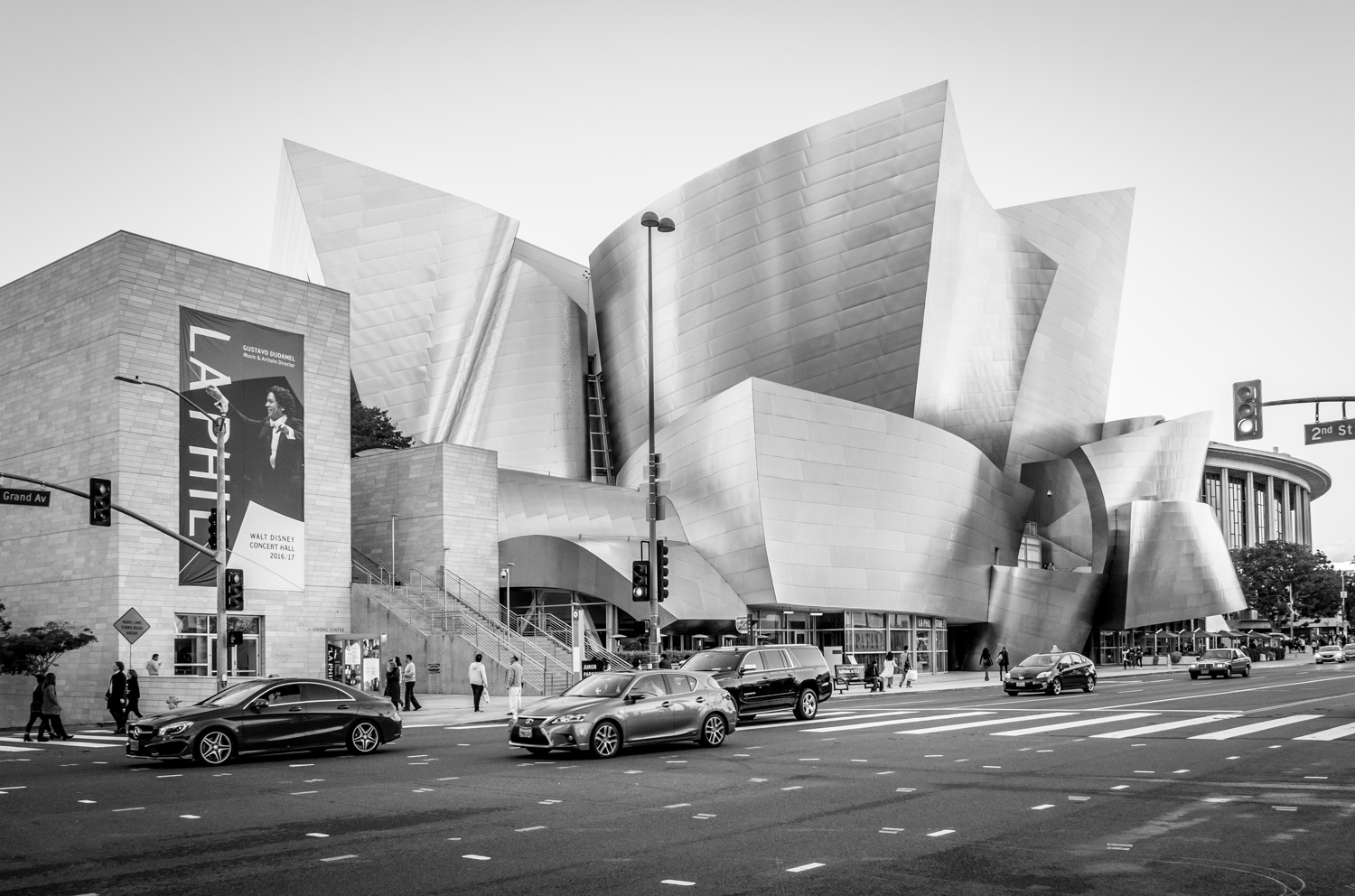 the photographer's DIY walking tour of downtown LA
